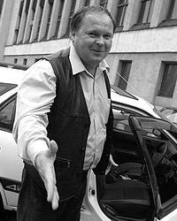 Виктор Клепиков считает необходимым улучшать работу российских автошкол (фото: mazda-auto.ru)