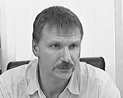 Олег Кузьмичев готов учить все детей, даже тех, из-за которых страдают его сотрудники
