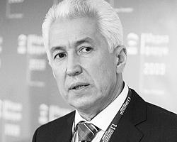 Владимир Васильев обещал работать над разработкой комплекса мер предупреждения нападений на журналистов (Фото: ИТАР-ТАСС)