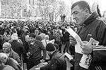 """В вердикте недоверия Михаилу Саакашвили говорится о том, что президент не отвел от Грузии «гибельную войну» с Россией в 2008 году, в результате чего Грузия потеряла 20% территорий <a href = """"http://vz.ru/news/2010/11/25/450161.html"""" target = """"_blank"""">Подробности</a>(фото: Дмитрий Александров/ВЗГЛЯД)"""