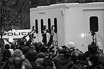 Суд отказался освободить Ассанжа под залог (фото: Взгляд)