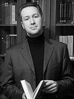 По словам Вадима Муханова, определенным силам выгодно сталкивать молодежь