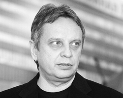 Генеральный директор ОАО «Международный аэропорт  Шереметьево» Михаил Василенко уверяет, что авиакомпании не пострадают от  перебазирования правительственных линий в Шереметьево  (Фото:  ИТАР-ТАСС)