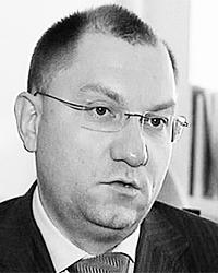 По мнению Руслана Пухова, надо максимально широко использовать тендерные процедуры (Фото: 1tv.ru)
