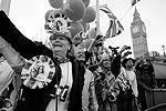 На улицах Лондона около миллиона человек праздновали свадьбу принца Уильяма и Кейт Миддлтон (фото: Reuters)