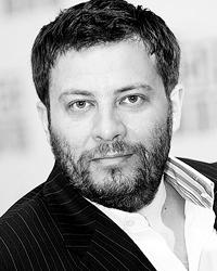 Сергей Минаев сам снял ролик с красной мигалкой(Фото: РИА