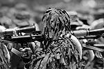 Многие подразделения венесуэльской армии, принимавшие участие в параде, были вооружены российскими автоматами АК-103, а также переносными зенитно-ракетными комплексами «Игла» (фото: Reuters)