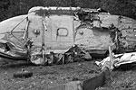 """На месте инцидента с вертолетом ЗАО «Авиакомпания «Уктус» работают следователи и специалисты МАК (фото: РИА """"Новости"""")"""