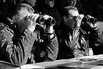 Президент и министр обороны понаблюдали за освобождением импровизированного «города», захваченного террористами и мятежниками. Перед их глазами развернулась активная фаза боевых действий (фото: ИТАР-ТАСС)
