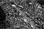 Манифестация, в которой принимают участие около миллиона человек, приурочена к объявлению о создании комиссии по разработке новой конституции. Проект документа в начале 2012 года будет вынесен на референдум (фото: Reuters)