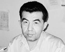 глава Ассоциации политологов Киргизии Нур  Омаров (Фото: omarov-nur.narod.ru)