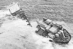 Греческое судно село на мель в октябре, тогда из трюмов вылилось около 350 тонн мазута, что привело к гибели более 20 тысяч водоплавающих птиц. Ранее министр окружающей среды Новой Зеландии назвал инцидент самой серьезной морской экологической катастрофой в истории страны