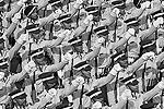 26 января перед десятками тысяч зрителей пройдут подразделения армии, военно-воздушных и военно-морских сил Индии