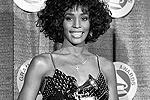 1988 год. Уитни Хьюстон получила премию «Грэмми» как лучшая вокалистка (фото: Reuters)
