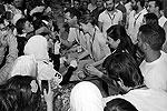Президент Сирии Башар Асад и его супруга Асма приняли участие в комплектовании продовольственных пакетов для пострадавших в ходе столкновений правительственных войск и оппозиции сирийцев. Общенациональная гуманитарная акция должна была продемонстрировать, что страна возвращается к мирной жизни