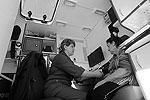 Медицинскую и психологическую помощь жителям пострадавшего Крымска оказывают в мобильных пунктах МЧС (фото: ИТАР-ТАСС)