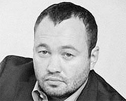 По словам Анохина, количество мигрантов в Петербурге такое, что они перестают интегрироваться в общество (фото: assembly.spb.ru)
