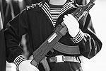 """Самый распространенный пример китайского оружия, скопированного с российского (советского) – автомат «Тип 56», копия легендарного «Калашникова». Однако Китай позаимствовал еще множество образцов российских вооружений (см. далее) <a href = """"http://vz.ru/society/2012/11/1/605328.html"""" target = """"_blank"""">Подробности</a>(фото: U.S. Army Staff Charles L. Mussi)"""