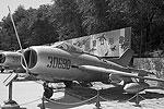 "J-6 – копия МиГ-19 <a href = ""http://vz.ru/society/2012/11/1/605328.html"" target = ""_blank"">Подробности</a>(фото: Max Smith)"