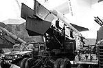 """Противокорабельная ракета HY-2 – копия советской П-15 <a href = """"http://vz.ru/society/2012/11/1/605328.html"""" target = """"_blank"""">Подробности</a>(фото: Ian Armstrong)"""