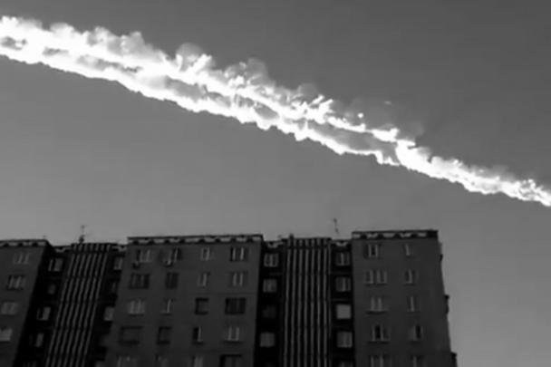 Падение метеорита оказалось неожиданностью длявсех – егонезафиксировали даже военные. Эвакуировать людей неуспели