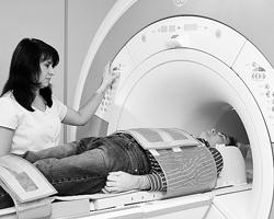 Магнитно-резонансный томограф (Фото:  ИТАР-ТАСС)