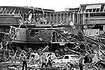 Торнадо полностью разрушил школу Plaza Towers, в которой находились около 75 детей и учителей (фото: Reuters)