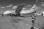 Superjet-100 компании «Сухой» уже не зря прилетел в Ле Бурже. Авиализинговая компания «Ильюшин Финанс» подписала рамочное соглашение о покупке 20 лайнеров, ожидаются и другие контракты (фото: EPA/ИТАР-ТАСС)