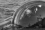 Президент Путин вновь совершил погружение на морское дно. На подводном аппарате «Си-эксплорер-5» он опустился к месту в Финском заливе, где обнаружен потерпевший крушение в 1869 году парусный винтовой фрегат «Олег» (фото: ИТАР-ТАСС)
