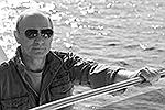 """«На реке Урбун, притоке Енисея, Путин и Шойгу встретились с Дмитрием Анатольевичем. Они провели вместе больше суток, рыбачили и купались», – сообщил пресс-секретарь главы государства <a href = """"http://vz.ru/news/2013/7/26/642993.html"""" target = """"_blank"""">Подробности</a>(фото: ИТАР-ТАСС)"""