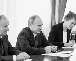 Закрытость этой встречи была так велика, что  даже совместных фотографий шефа саудовской разведки и президента России  не опубликовано (Фото: ИТАР-ТАСС)