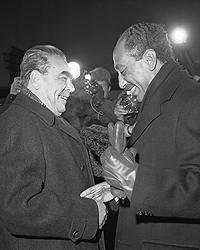 Генеральный секретарь ЦК КПСС Леонид Брежнев и президент Арабской Республики Египет Анвар Садат, 1972 год (фото: ИТАР-ТАСС)