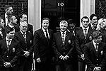 «Мои извинения за шутку на фото. Я не хотел никого обидеть. Отличный день на Даунинг-стрит. Спасибо премьер-министру, что принял нас», – написал 22-летний Туилаги в микроблоге в Twitter (фото: Reuters)