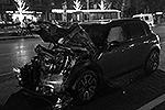 """По первоначальной информации, виновником инцидента назывался водитель Mercedes GL Махачева. Затем появились данные, что за рулем мог сидеть сам вице-премьер Дагестана <a href = """"http://vz.ru/incidents/2013/12/20/665320.html"""" target = """"_blank"""">Подробности</a>(фото: ИТАР-ТАСС)"""
