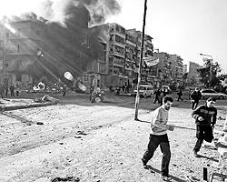 В течение года ситуация в Сирии катастрофически осложнялась и шла к фатальной черте. К концу лета все уже балансировало на грани войны (фото: Reuters)
