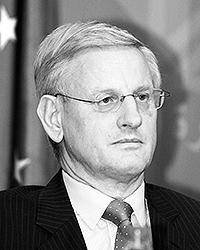 С 1995 по 1997 Карл Бильдт занимал пост спецпредставителя ЕС в бывшей Югославии и Верховного представителя в Боснии и Герцеговине, а с 1999 по 2001 был специальным посланником Генерального секретаря ООН на Балканах. С октября 2006 года является министром иностранных дел Швеции (фото: Reuters)