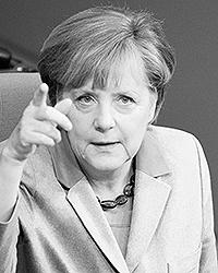 На Меркель, как на руководителя самой крупной и устойчивой страны Европы, дополнительное воздействие оказывает внешний фактор (фото: EPA/ИТАР-ТАСС)
