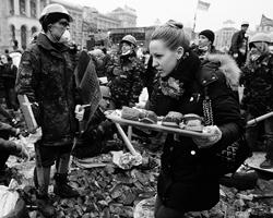 митингующие в центре Киева