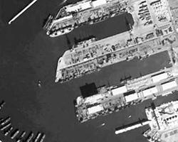 С давних пор у России существует пункт обслуживания ВМФ в сирийском порту Тартус - небольшой, но очень важный, т.к. он, до недавнего времени, являлся единственным для нашего флота на Средиземноморье (фото: фрагмент сервиса maps.google.com)
