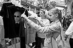 Коллекция одежды с изображением Владимира Путина в рамках проекта «Все путем» будет продаваться только в течение трех дней: с 11 по 13 июня (фото: Александр Мучаев)