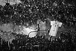 После финального свистка арбитра в центре аргентинской столицы Буэнос-Айреса произошли беспорядки (фото: Reuters)