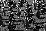 В течение трех дней жители и гости республики могут видеть театрализованные представления творческих коллективов Тувы и других регионов. В программе – выступления певиц Аниты Цой и Елки, а также народные танцы и песни в исполнении ансамбля «Енисейские зори» (фото: ИТАР-ТАСС)