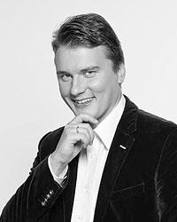 Политолог Дмитрий Поликанов