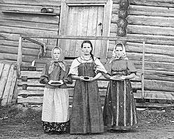 Молодые русские крестьянки недалеко от реки Шексна (фото: Сергей Прокудин-Горский)
