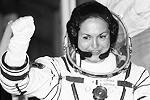 Елена Серова, отправившаяся на МКС в сентябре этого года, стала первой россиянкой на Международной космической станции и четвертой представительницей СССР и России в космосе (фото: Reuters)