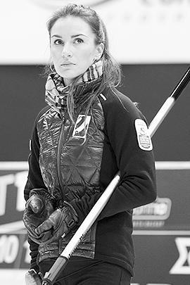 Капитана сборной России по керлингу Анну Сидорову зарубежные СМИ назвали секс-символом Олимпиады в Сочи. У сборной, занявшей 9-е место, оценки скромнее