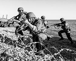 Неудача «периферийной стратегии» – движения вдоль дуги, охватывающей с юга Евразию, в условиях дефицита времени может подтолкнуть западную элиту к более радикальным действиям – прямой атаке на Россию (фото: Вадим Савицкий/ТАСС)