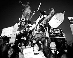 Идеологические полюса сорокалетней давности поменялись местами (фото: Reuters)