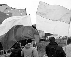 Дальше всех пошла Польша, которая с 1939 года не может простить уход в украинскую орбиту Львова и Ивано-Франковска (Фото: Darek Delmanowicz/EPA/ТАСС)