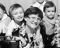Светлана Давыдова за несколько дней стала символом антивоенного протеста в России, при том, что даже многие сторонники немедленного освобождения отдают себе отчет в том, что ее поведение странно (фото: кадр из видео)
